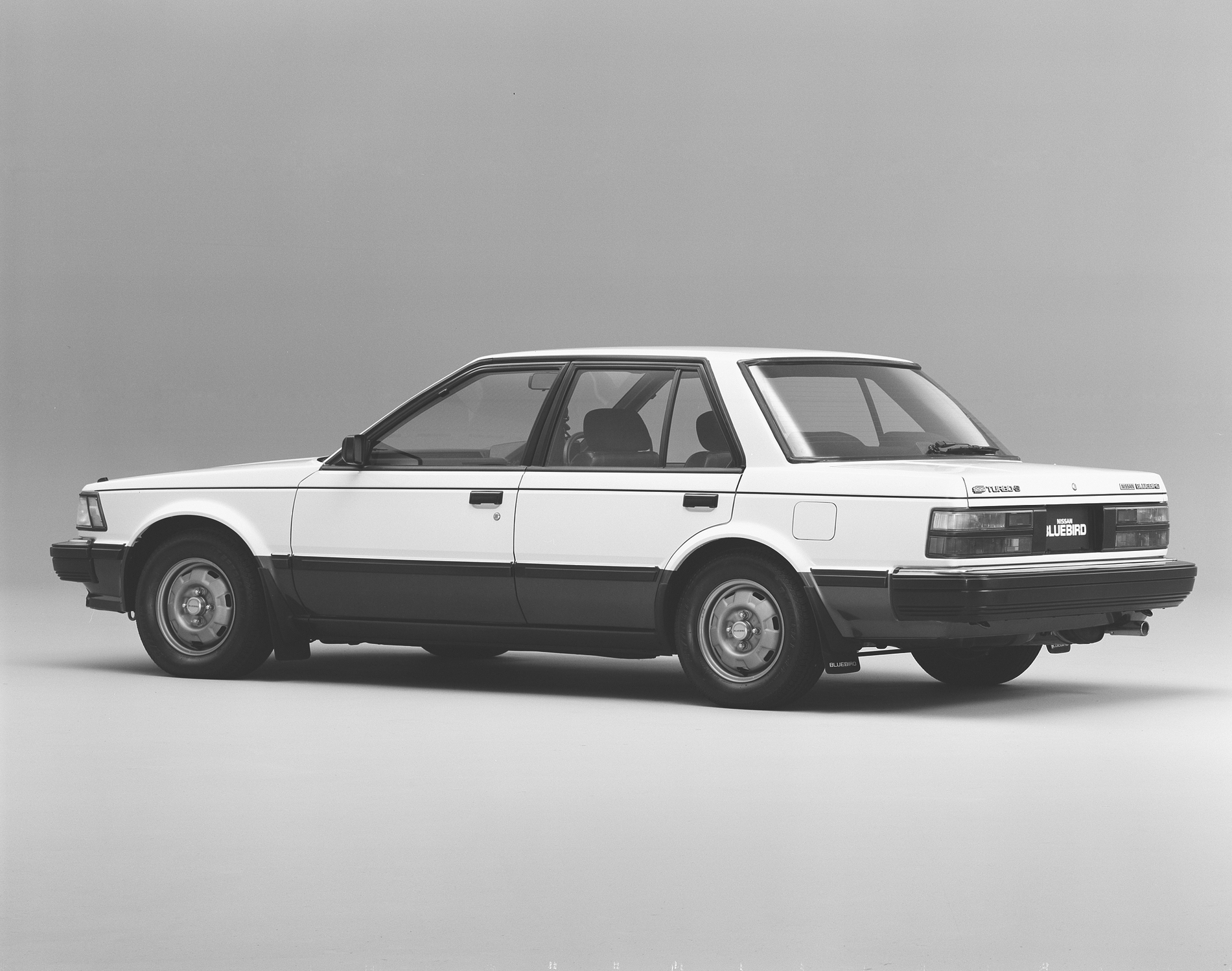 Nissan Bluebird Sedan 1800SSS-EX