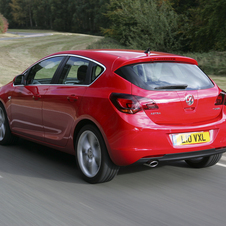 Vauxhall Astra Hatchback 1.4 100hp Exclusiv