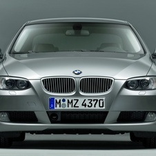 BMW 330i xDrive Coupe Auto (E92)