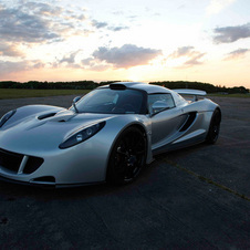 Video of the 1200hp Hennessey Venom GT as Driven by Jay Leno
