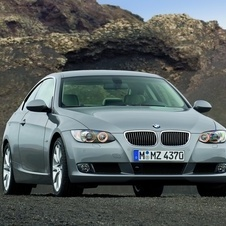 BMW 325i xDrive Coupe Auto (E92)