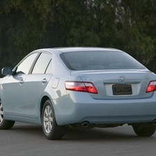 Toyota Camry XLE 5-Spd AT