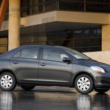 Toyota Yaris Sedan 4-Spd AT