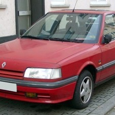 Renault 21 Turbo Quadra