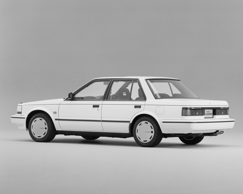 Nissan Bluebird Sedan 1800Twincam Turbo SSS-S