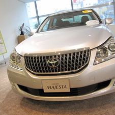 Toyota Crown Majesta 4.0 C