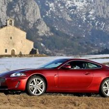 Jaguar XK Coupé 5.0L V8