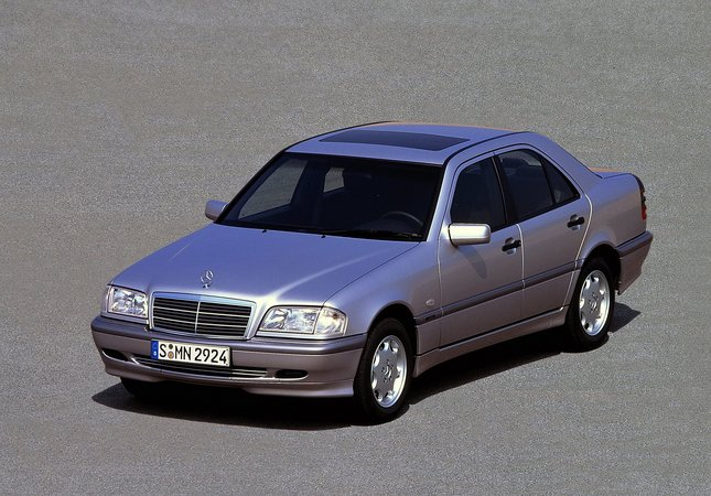 Mercedes-Benz C 200 CDI AT