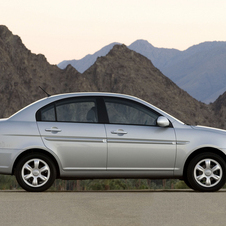 Hyundai Accent 1.4 Saloon Automatic