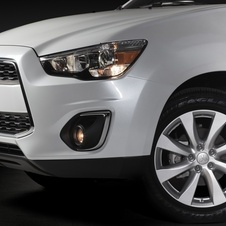 Mitsubishi Outlander Sport Gets Revised for 2013