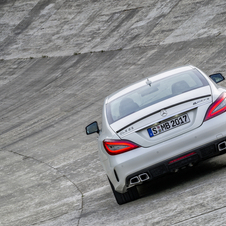 The CLS 350 CGI was replaced by a more powerful version, the CLS 400
