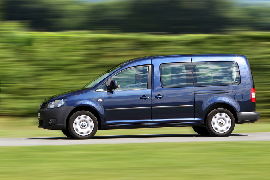 volkswagen caddy maxi 2 0 tdi highline 4motion dsg 2 photos. Black Bedroom Furniture Sets. Home Design Ideas
