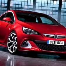 Vauxhall Astra VXR Packs 280PS and 155mpg Top Speed