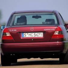 Mercedes-Benz C 230 Kompressor AT