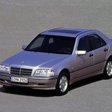 Mercedes-Benz C 240 AT