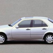 Mercedes-Benz C 200 KOMPRESSOR AT