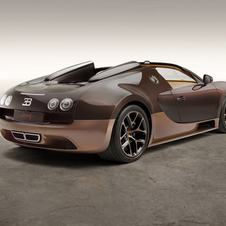 Achim Anscheit, states that the bronze sculptures created by Rembrandt Bugatti were the main inspiration for the car