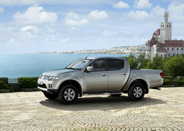 Mitsubishi L200 4x2 Double Cab HR Invite