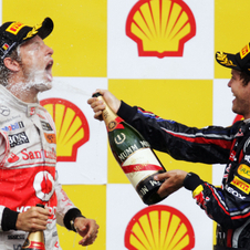 Vettel returns to victories in Spa