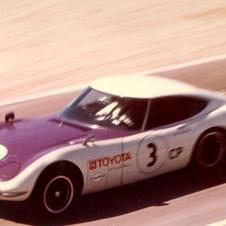 1968- Carroll Shelby's Team Wins the SCCA Production Championship in a 2000GT
