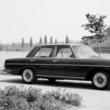 Mercedes-Benz 280 SE Automatic