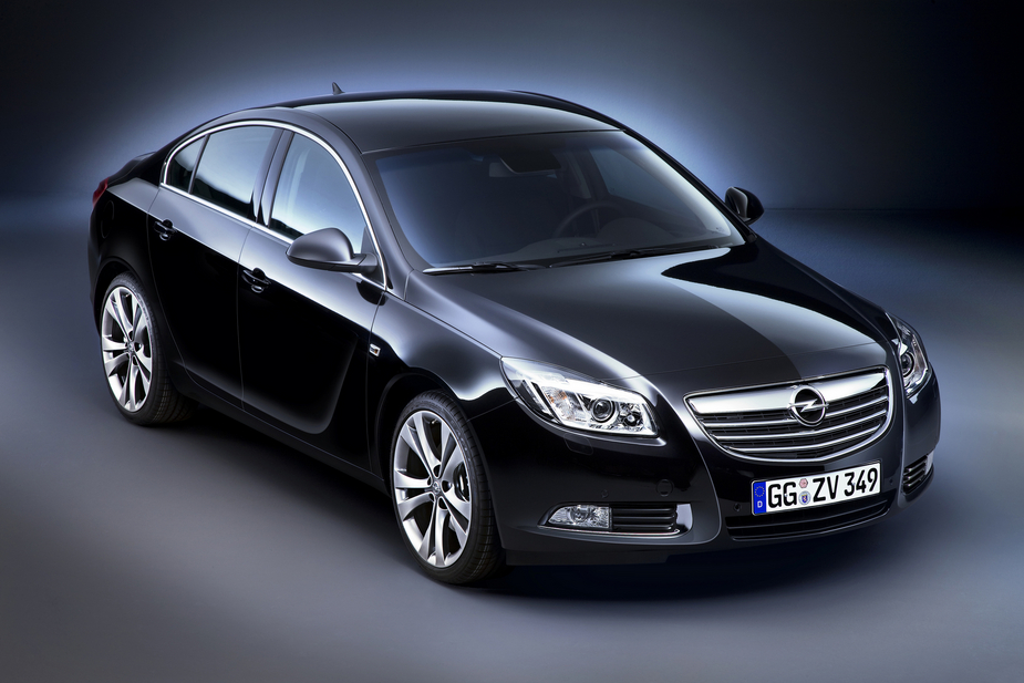 opel insignia 2 8 v6 turbo innovation 4x4 1 photo and 7. Black Bedroom Furniture Sets. Home Design Ideas