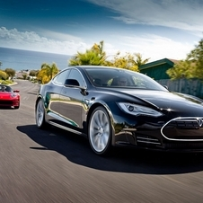 Tesla is creating a smaller sedan that it will reveal n 2016