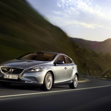The new V40 is the current jewel of the Volvo crown with low emissions and good safety