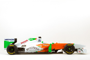Force India unveils the VJM04