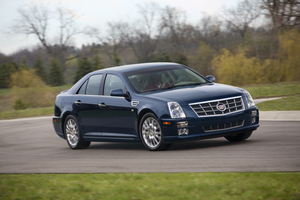Cadillac STS V8 Performance AWD