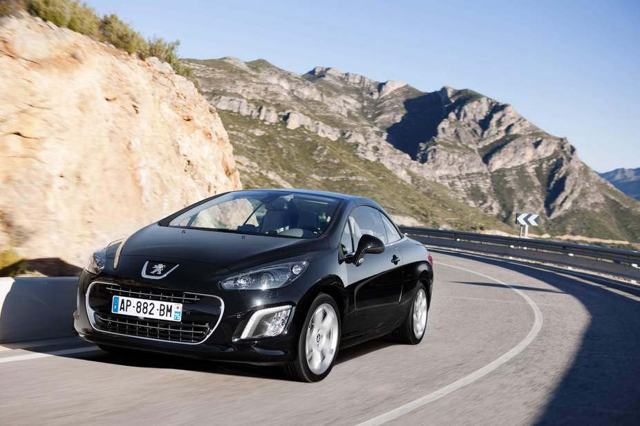 peugeot 308 cc sport 2 0 hdi 1 photo and 61 specs. Black Bedroom Furniture Sets. Home Design Ideas