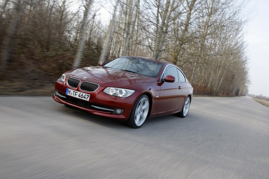 bmw 335i coup m sport edition 1 photo and 5 specs autoviva com rh autoviva com BMW 335I Haynes 2014 BMW 320I Sedan