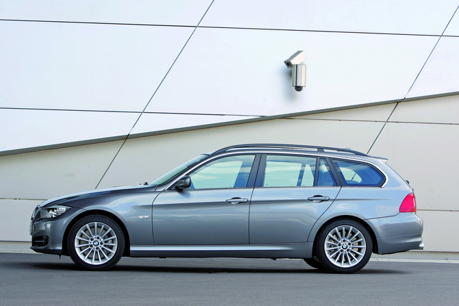 Bmw 316d Touring Photo Bmw Gallery 1670 Views