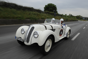 BMW built fewer than 450 328s between 1936 and 1940