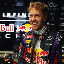 Vettel breaks Mercedes' string of pole positions