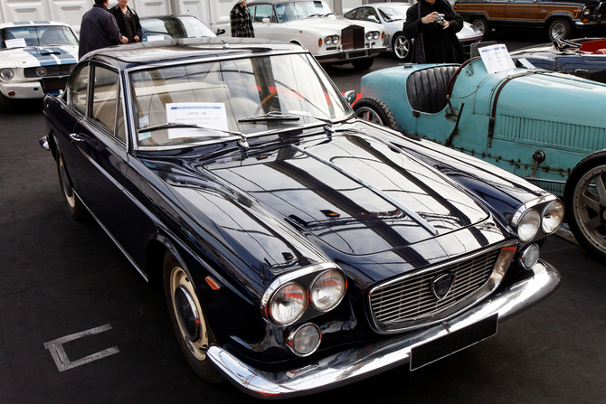lancia flavia 1800 coup 7 photos and 58 specs. Black Bedroom Furniture Sets. Home Design Ideas