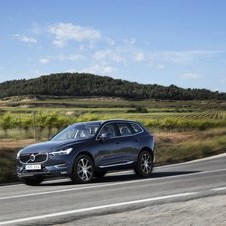 Volvo XC60 D5 Momentum AWD Geartronic