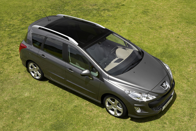 peugeot 308 sw se navteq 1 6 hdi 110 fap photo peugeot gallery 693 views. Black Bedroom Furniture Sets. Home Design Ideas