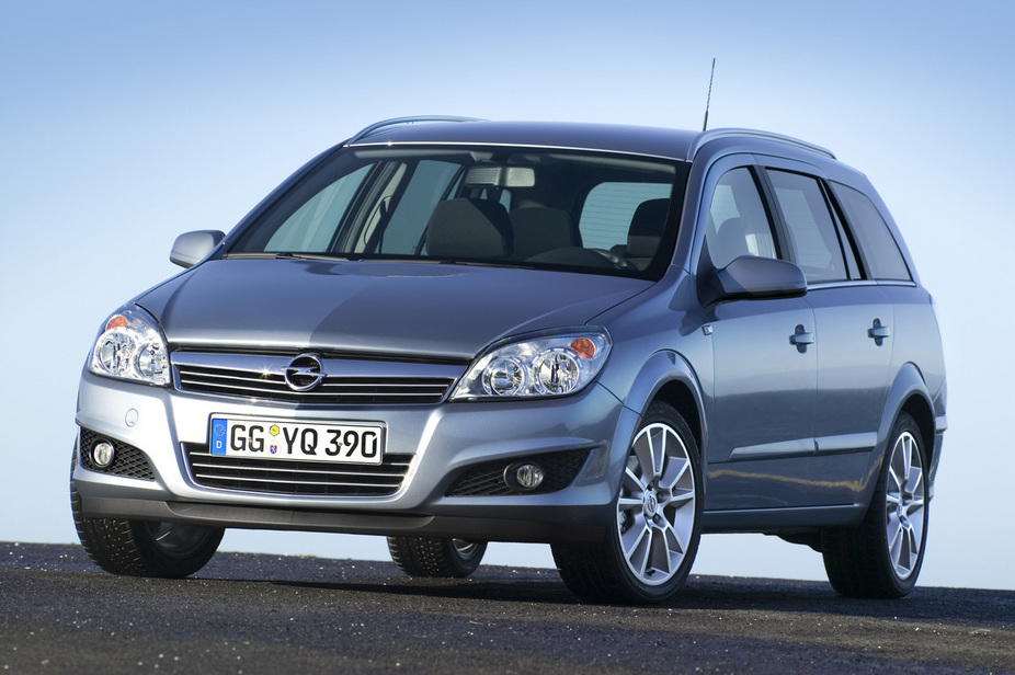 New Opel Astra Caravan. Opel Astra Caravan 1.7 CDTI