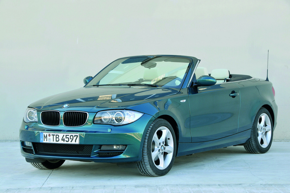 BMW 128i Convertible (US)