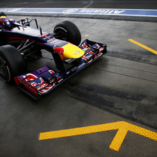 The new system would replace fines for speeding in the pit lane with penalty points