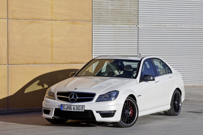 Mercedes-Benz C 63 AMG Saloon Performance Package