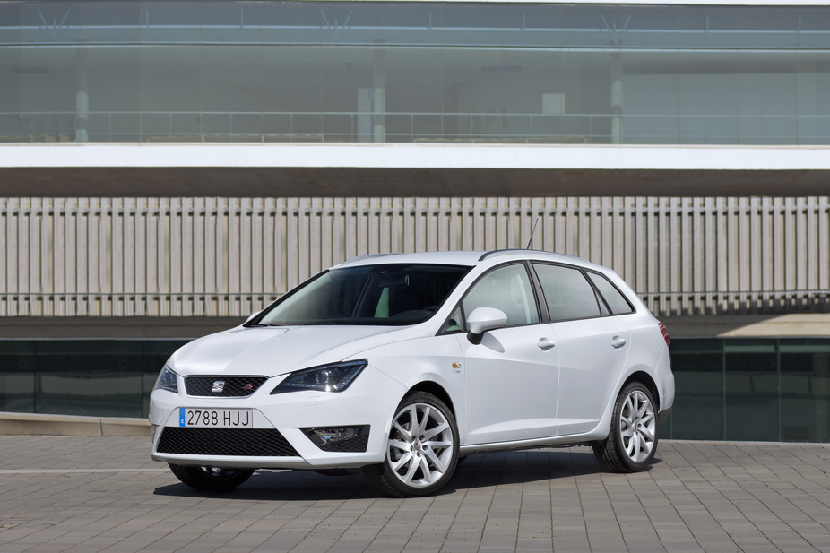 seat ibiza st 1 4 tsi fr dsg 1 photo. Black Bedroom Furniture Sets. Home Design Ideas