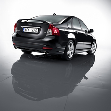 Volvo S40 D4 R-Design Geartronic