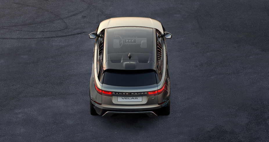 In the image we can have a glimpse of the new interior design of the Range Rover Velar