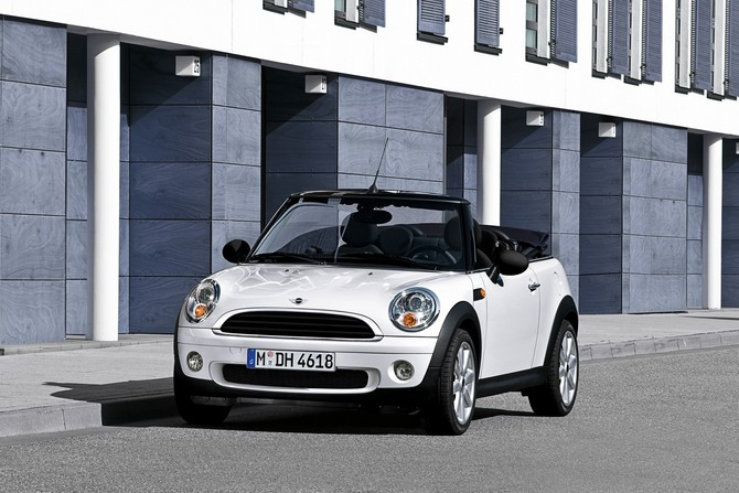 MINI (BMW) Mini Cabrio One 98 hp Auto