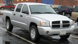 Dodge Dakota Crew Cab 4X4 BIGHORN/LONESTAR