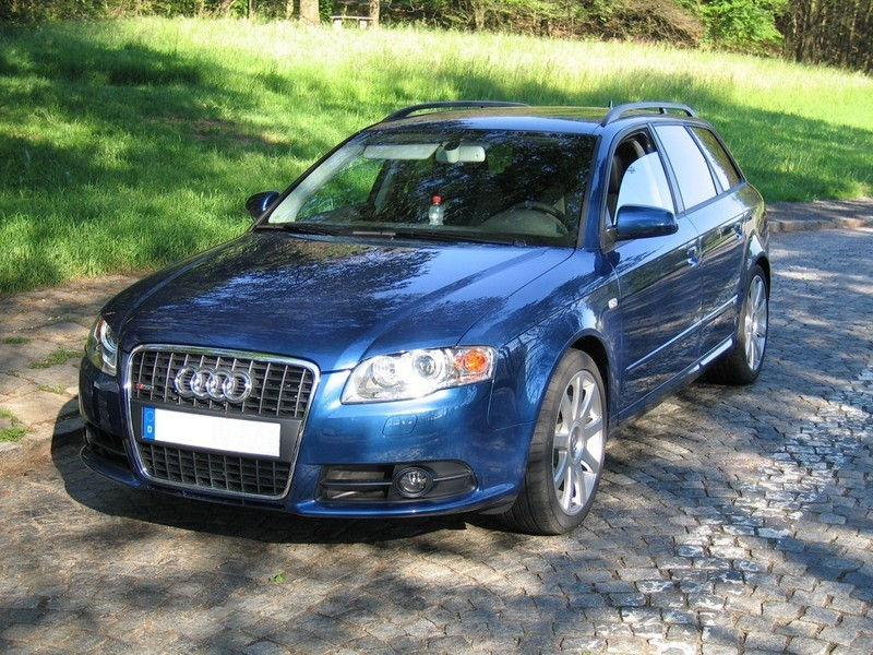 audi a4 avant 3 0 tdi quattro tiptronic 1 photo and 78 specs. Black Bedroom Furniture Sets. Home Design Ideas