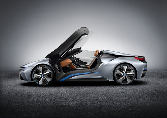BMW Shows More Production-Ready i8 Concept Spyder