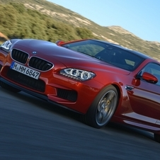 The engine in the coupe propels the M6 to 100km/h in 4.2 seconds...